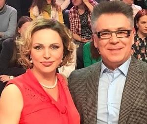 Украинский журналист нагрубил беременной Алле Довлатовой: