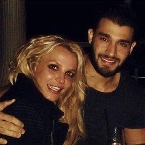 Наездница из Малибу: полуголая Бритни Спирс показала, как резвится с бойфрендом
