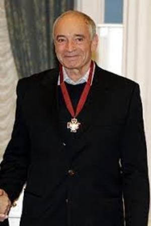 Актёр Валентин Гафт в больнице