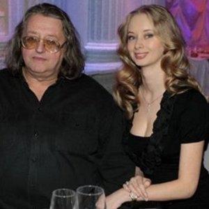 Молодая подруга Александра Градского рассказала о будущей профессии общего сына