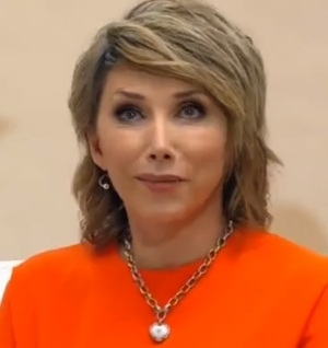 Елена Воробей откровенно рассказала о запоях и смерти отца своей дочери