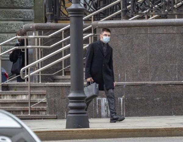 Новый максимум: в России за сутки выявили более 25 тыс. заразившихся  Covid