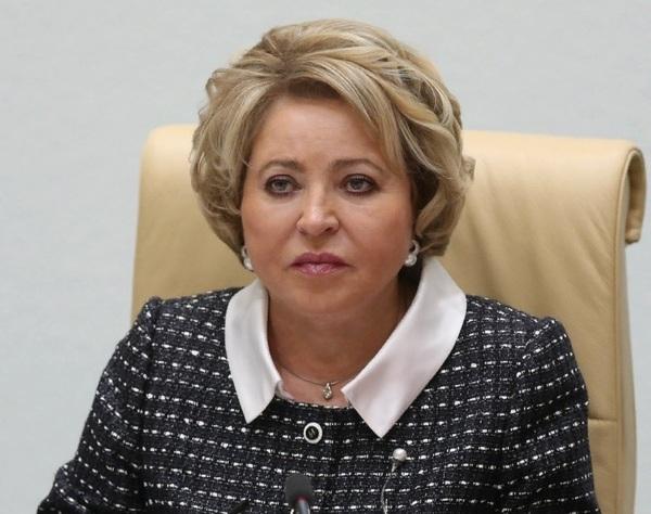 Матвиенко предложила передать под контроль Минтруда вопросы семейной политики