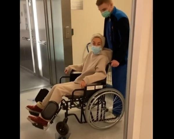 Лера Кудрявцева рассказала, как оказалась в инвалидном кресле