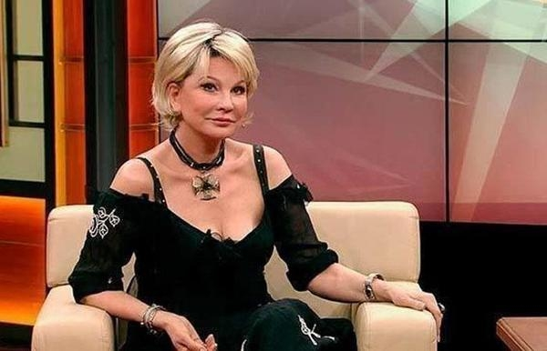 Татьяна Веденеева рассказала, как из-за пластики лишилась своей изюминки и части ресниц