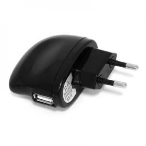 Ritmix RM-005 - это зарядное USB-устройство, работающее от электрической...