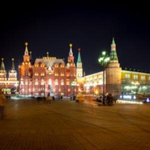 В Москве феминистки отметили 8 Марта несанкционированной акцией на территории Кремля