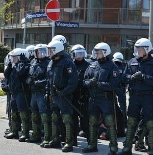 Активист Дадин задержан у здания ФСИН в центре Москвы