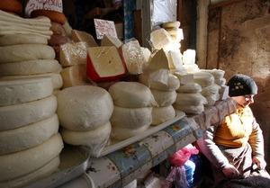 В рационе питания желающих похудеть обязательно должен быть сыр