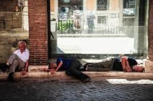 Россиянам хотят разрешить меньше работать летом