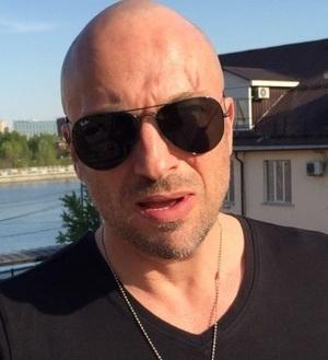 Дмитрий Нагиев объяснил, почему в 50 лет у него нет штампов в паспорте
