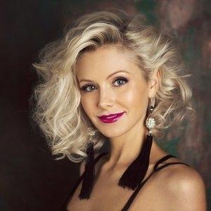 Певица Натали родила третьего ребенка в 43 года