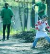 Мэр башкирского города снял пародийный клип на хит «Тает лед» - ради субботника