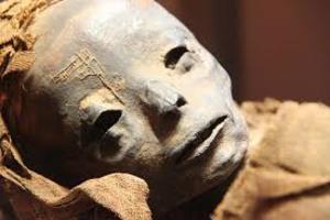 В Египте обнаружили 17 муммий