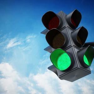 Калужские власти демонтируют светофор из-за частых ДТП на участке