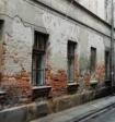 Путин поручил поощрить регионы за расселение аварийного жилья