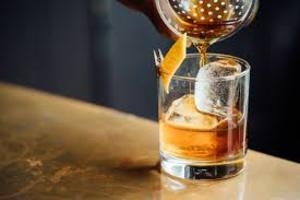 Учёные: алкоголь почти не меняет личность человека