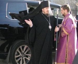 Скандал с Land Cruiser епископа Нектария продолжился в новой плоскости