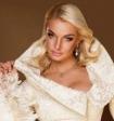 Анастасия Волочкова разделась до майки и трусов в поезде ради селфи