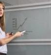 В правительстве назвали зарплату российских учителей