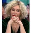 Актриса Татьяна Васильева сняла парик и показала, как выглядит ее голова