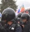 В Москве ОМОН блокировал проход через рамки. В обеих столицах около 250 задержанных