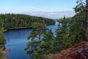 Онежское и Ладожское озёра могут погибнуть
