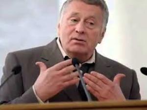 Синоптики ответили промокшему Жириновскому