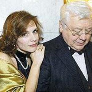 Олег Табаков рассказал о вещах, которые тяжело переносит в семейной жизни с Зудиной