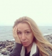 Алена Апина пригрозила эпатажному фитнес-блогеру иском за критику своей фигуры