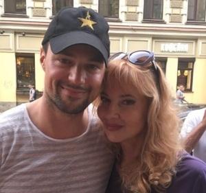 Данила Козловский показал поклонникам свою маму