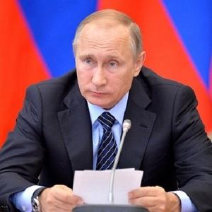 Путин пошутил о считающем калории браслете: