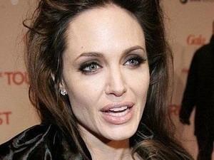 Анджелина Джоли призналась, что стареет еще стремительнее