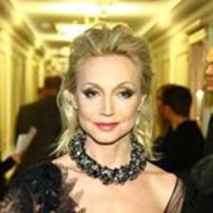 Кристина Орбакайте вышла в свет с ещё неженатым сыном