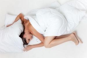 Ученые рассказали, сколько нужно спать, чтобы не толстеть