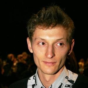 Павел Воля приревновал супругу к участнику шоу