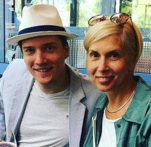 Алена Свиридова рассказала, как ее молодой муж стал влиять на юного сына