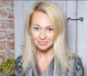 Яна Рудковская показала подвенечное платье