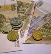 В России сократилось число людей, считающих себя бедными, сократилось