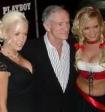 Основателя Playboy Хью Хефнера похоронили рядом с первой девушкой с обложки журнала