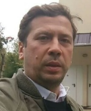 Жена актера Андрей Мерзликина оставила его с четырьмя детьми