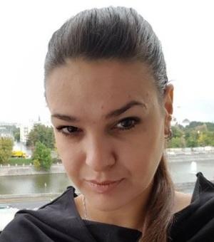 Экстрасенс Виктория Райдос помогла забеременеть известной певице