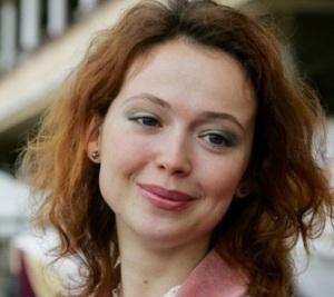 Пережившая потерю ребенка актриса Елена Захарова готовится снова стать мамой
