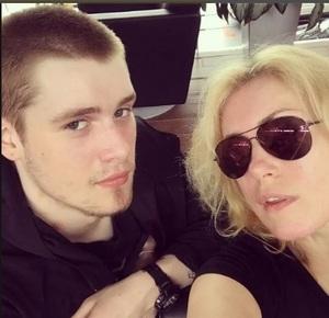 Сын Марии Шукшиной обвиняет беременную подругу в подставе с полицией