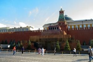 Кадыров призвал перестать глазеть на труп Ленина