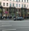 Милонов предложил оштрафовать Apple за очереди
