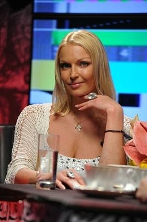 Анастасия Волочкова решила обнародовать видеозапись своих любовных утех с Дзотовым