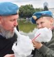 Стреляли: дурной пример ссор в родительском чате оказался заразителен и для петербургских отцов