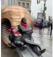 Марина Зудина показала кадры с открытия посвящённой Олегу Табакову скульптуры