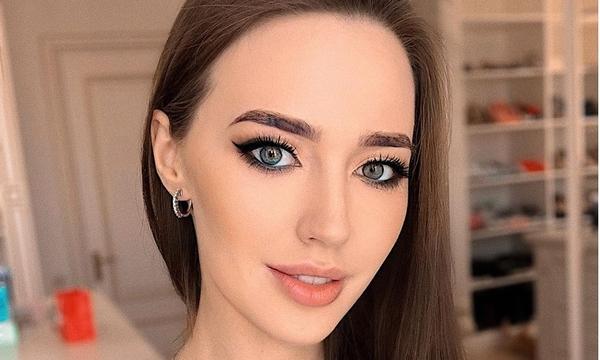 Жена Дмитрия Тарасова сообщила о своем увольнении из